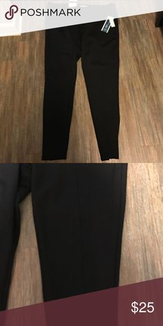 NWT old navy leggings size XL NWT old navy mid- rise ponte leggings size XL/TG.  75% polyester. 21% rayon. 4% spandex. Old Navy Pants Leggings