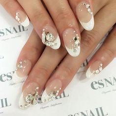#nail#nails#nailart#naildesign#esnail#esnail_shibuya#gelnail#ネイル#エスネイル#ジェルネイル#esネイル#ネイルデザイン#tokyo#newnail@esnail_la#frenchnail#bling#swarovski#bijoux#simplenail#crystal#blingnails#フレンチネイル