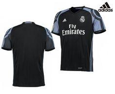 Camiseta de la tercera equipación del Real Madrid Adidas 2017. Antes  90 41859be60a236