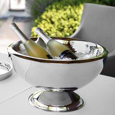 Punchbowl KALAS Material: Edelstahl, gehämmert  Maße: D 43 cm, Höhe 25 cm  Beeindrucken Sie Ihre Gäste mit perfekt gekühlten Getränken.