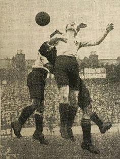 Tottenham 1 Watford 0 in Jan 1922 at White Hart lane. Bert Bliss tries to reach this cross in the FA Cup 2nd Round.