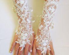 Or champagne depuis longtemps ou gants de mariée par GlovesByJana