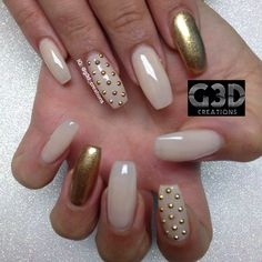love the 3D dots as a substitute for gaudy rhinestones