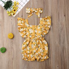 Material: CottonMaterial: PolyesterPattern Type: FloralCollar: O-NeckGender: Baby GirlsFit: Fits true to size, take your normal size Cute Baby Girl Outfits, Cute Summer Outfits, Cute Baby Clothes, Baby Girls, Hair Bands Online, Girls Coming Home Outfit, Ruffle Romper, Petite Outfits, Family Outfits