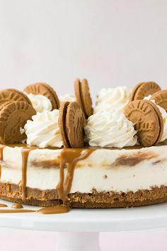 Biscoff Cheesecake, Easy No Bake Cheesecake, Baked Cheesecake Recipe, Lotus Cheesecake, Best Cake Recipes, Sweet Recipes, Dessert Recipes, Just Desserts, Delicious Desserts