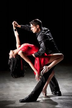 ideas salsa dancing poses argentine tango for 2019 - Dance Shall We Dance, Just Dance, Cool Dance, Latin Dance, Dance Art, Danse Salsa, Foto Portrait, Tango Dancers, Ballet Dancers