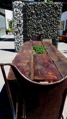 Mesa jardinera realizada con madera del techo de la iglesia de Ojen con mas de 200 años Dining Table, Rustic, Landscape, Furniture, Home Decor, Window Boxes, Mesas, Wood, Homes