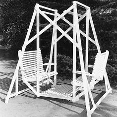 Lawn Glider Swing, Plan No. 276 I had a red one as a child.  My Grandfather built it for me.....