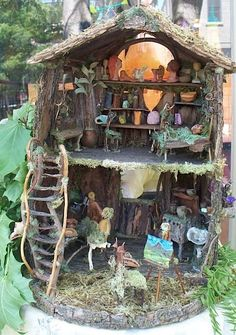 Fairy House :D I made one of these with my grandma once an it was places in her garden. I would always look out the window to see if the fairies brought me something :) My cousin made a fairy garden when she was little and it was beautiful :) Fairy Garden Houses, Gnome Garden, Garden Art, Fairy Houses Kids, Garden Ideas, Fairy Land, Fairy Tales, Fairy Village, Fairy Furniture