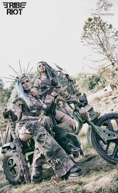 Post Apocalypse TRIBE RIOT Anja LivingDreadDoll & Isabelle The Lazy…