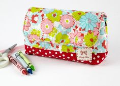 Sewing Patterns: Messenger Bags, Everyday Bags; Laundry Bag Tutorial