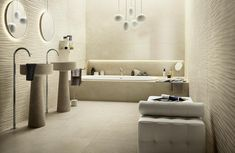 Bistrot Wall Collection: wall tiles for bathrooms Calacatta, The Struts, Wall Tiles, Three Dimensional, Contemporary Style, Bathtub, Ceramics, Mirror, Bathroom