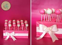 Use a wrapped box to display Lolly's