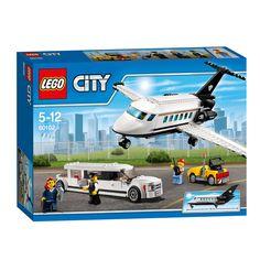 Lego City 60102 Vliegveld VIP Service. Reis in exclusieve stijl naar de volgende zakenafspraak! Zorg dat alle belangrijke papieren ingepakt klaarliggen! Er is een rijke klant onderweg en de piloot maakt het privévliegtuig klaar voor de start. Breng de zakenvrouw naar het vliegveld in de indrukwekkende limousine en zorg dat ze zonder problemen bij haar vliegtuig komt. De passagier neemt plaats in haar stoel en maakt de riem vast - we gaan opstijgen! Inclusief 4 minifiguren: een zakenvrouw…