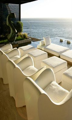 Ocean view with recliner chairs!