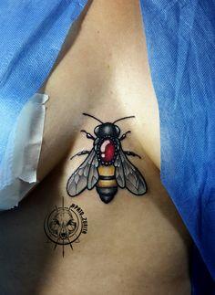 bee tattoo bumblebee tattoo Pato Zurita @pato_zurita Quito Ecuador