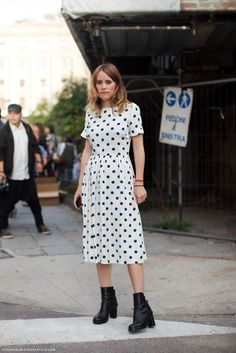 Street style photographed by Carolines Mode