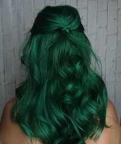 This Fall's Evergreen Hair Color Trend is Not For The Faint of Heart   Fashionisers©