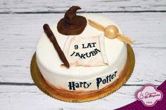 Harry Potter Cake, tort dla fanów Harrego Pottera, tort angielski, tiara przydziału, tort z tiarą z Harrego, magiczny tort,