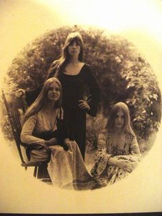Heart - Great family photo of the Wilson sisters:  Ann, Lynn and Nancy