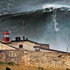 Surfer catches monster wave Surfer Garrett McNamara catches what could be the largest wave ever surfed, off the coast of Nazare, Portugal, on Jan. Bali Travel, Hawaii Travel, Bilbao, Giant Waves, Sports Nautiques, Big Wave Surfing, Large Waves, Surfing Photos, Outdoor