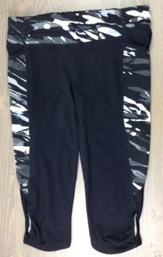 5047eecf7c274 Athleta Be Free Knicker Medium Womens Spliced Fire Crop Capri Leggings Camo  Blk Capri Leggings,
