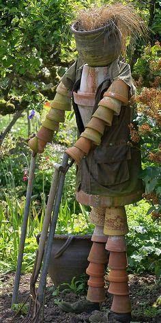 Estou no jardim - lugar que gosto de ficar, pois sempre aprendo muito com as plantas. Eles ensinam que tudo tem seu tempo e que existe...