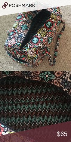 Large Vera Bradley Duffel, Basically new! Large Vera Bradley tote, fantastic condition. Can bundle with other small tote for $78. Vera Bradley Bags Backpacks