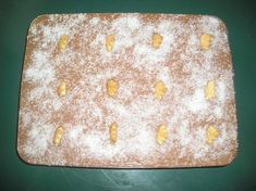 Μπισκοτογλυκό ψυγείου Sheet Pan, Cream, Ethnic Recipes, Food, Springform Pan, Creme Caramel, Essen, Meals, Yemek