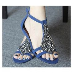 New Arrival Casual and Elegant Style Rhinestone Embellished Sandals For Female