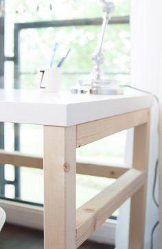 Children's desk build yourself. Corridor Design, Hall Design, Large Furniture, Diy Furniture, Childrens Desk, Small Hall, Smart Design, Sofa Set, Office Desk