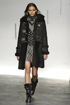 Pin for Later: Seht alle Trends der New York Fashion Week in weniger als fünf Minuten! Coach