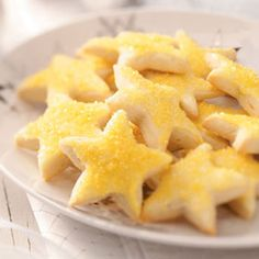Stars Lemon Stars Cookies Recipe from Taste of Home. -- Submitted by Jacqueline Hill of Sandusky, Ohio.Lemon Stars Cookies Recipe from Taste of Home. -- Submitted by Jacqueline Hill of Sandusky, Ohio. Cookie Desserts, Just Desserts, Cookie Recipes, Dessert Recipes, Pie Recipes, Star Food, Cookie Swap, Lemon Recipes, Christmas Baking