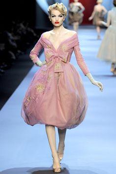 Christian Dior Spring 2011 Couture Fashion Show - Daphne Groeneveld (Women)