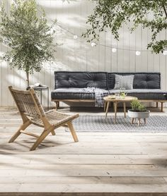 Garden trend: Urban Hangout - Chore - Lounge set with pallet cushions Pallet Cushions, Pallet Lounge, Pallet Bank, Best Outdoor Furniture, Garden Furniture, Modern Furniture, Rustic Furniture, Furniture Cleaning, Furniture Storage
