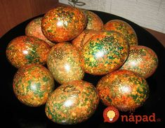 Paint eggs in an original way by Easter / Amazing Cooking Italian Easter Bread, Easter Egg Pattern, Egg Tree, Decoupage Tutorial, Egg Decorating, Egg Shells, Food Design, Holidays And Events, Food Art