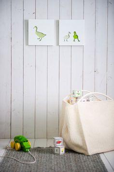 Beautiful nursery art -darling ducks
