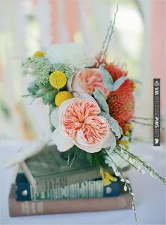 pretty florals | CHECK OUT MORE IDEAS AT WEDDINGPINS.NET | #weddings #weddingflowers #flowers