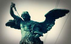 MI RINCON ESPIRITUAL: El misterioso origen de la Oración a San Miguel