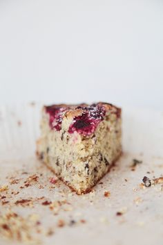 raspberry walnut cake by Lovely Food