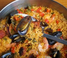 Report Advertisement Seafood and Chorizo Paella Serves 6 Ingredients 1 Spanish Dishes, Spanish Food, Mexican Dishes, Spanish Rice, Seafood Paella, Seafood Dishes, Fish Dishes, Chicken Paella, Chicken Sausage