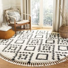 Caldwell Beige/Black Area Rug (All Modern) - big, semi fluffy circle rug with tassels Round Area Rugs, Modern Area Rugs, Big Area Rugs, Geometric Rug, White Rug, Online Home Decor Stores, Online Shopping, Rugs In Living Room, Bedroom Area Rugs
