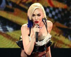 Gwen Stefani: Used to Love You Gwen Stefani Mode, Gwen Stefani And Blake, Gwen Stefani Style, Hollaback Girl, Fashion Forever, Blake Shelton, Forever Young, Sassy, Singer