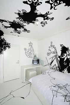 A very creative bedroom. I want my bedroom to look like this :)