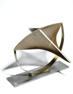 Naum Gabo - 1965, Construction in Space: Suspended