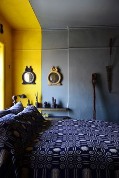 How Artists Live: Incredibly Creative Homes Like Nothing You've Seen Before Warm Paint Colors, Bedroom Paint Colors, Basement Bedrooms, Small Bedrooms, The Doors, Deco Cool, Austin Homes, Home And Deco, Best Interior