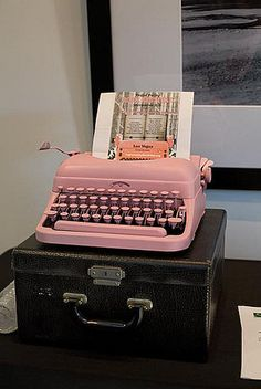 pink typewriter, important in my office!