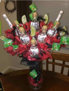 17 best ideas about Booze Bouquet Alcohol Gift Baskets, Liquor Gift Baskets, Diy Gift Baskets, Alcohol Gifts For Men, Raffle Baskets, 21st Birthday Gifts, Unique Birthday Gifts, Diy Birthday, Birthday Ideas