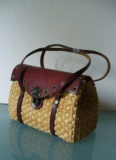 8dca7527dd Vintage Etienne Aigner Straw  amp  Leather Handbag by TheOldBagOnline on  Etsy  Louisvuittonhandbags Summer Handbags