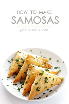 Learn how to make (naturally vegan) potato samosas the traditional way. And also learn a shortcut if you want to make them quick and easy!